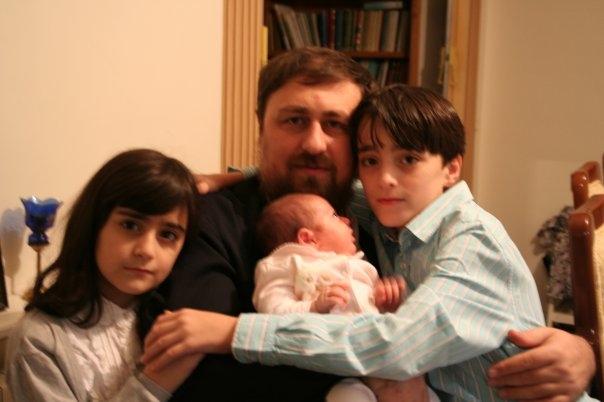 عکسهای خانوادگی سیدحسن خمینی با فرزندانش