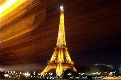 عکس : برج ایفل رو تو شب ببینید !