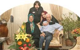 عکس : جمشید مشایخی و خانواده ایشان