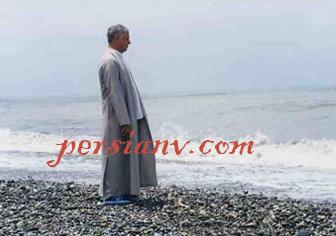 عکس : آقای رفسنجانی لب دریا
