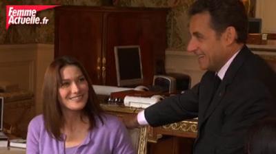 عکس : ویدئو جنجالی سارکوزی و همسرش در فیس بوک