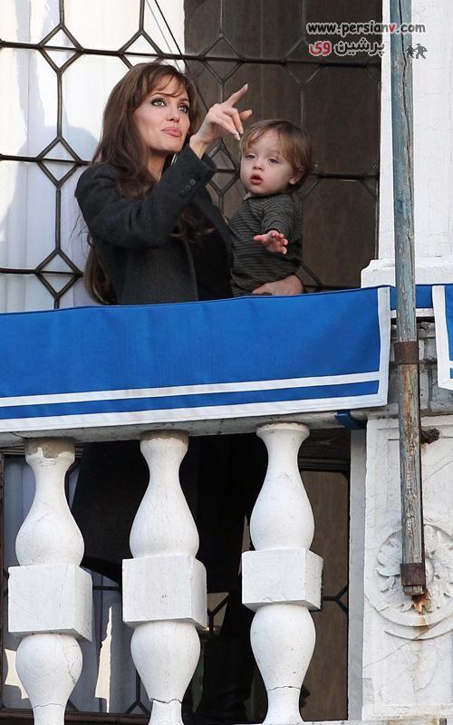 عکس های جدید و جذاب آنجلینا جولی و پسرش در مسافرت ونیز