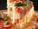 به راحتی در منزل خمیر پیتزا درست کنید