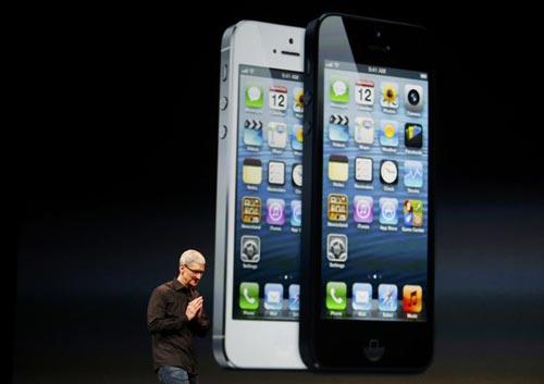 آی فون 5 هم به بازار آمد +عکس