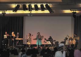 مجوز برای اولین گروه زنان نوازنده و خواننده! +عکس