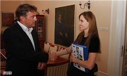 اعطای شهروند افتخاری سارایوو به «آنجلینا جولی» +عکس