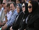 تجمع هنرمندان در اعتراض به فیلم موهن مقابل تئاتر شهر / تصاویر