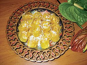شیرینی آجیلی میوه ای کریسمس