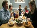 ده کار ناپسند در شام مهمانی ها