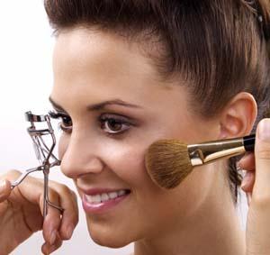 زیباترین نوع آرایش  فقط در ۱۰ مرحله