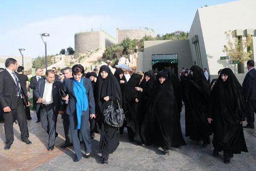 همسر و پسر احمدينژاد در لبنان