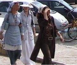 عکس: کشف حجاب و بی بندوباری در خیابانهای تهران