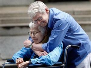 عکس:ازدواج عاشقانه مرد 84 ساله با زن 94ساله +مطلب