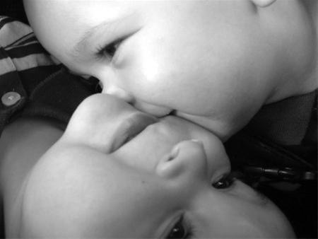 عکس:زیباترین بوسه های عاشقانه