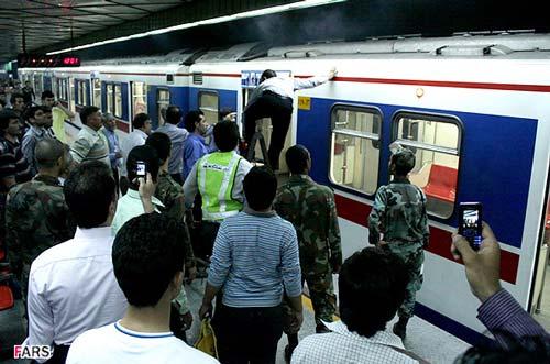 عکس هایی ازآتشسوزي قطار مترو در تهران