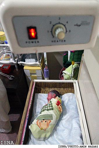 عکس های دیدنی : تولد نوزاد با عمل جراحي سزارين