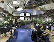 محل کار کارکنان ویکیلیکس چگونه جایی است؟+عکس