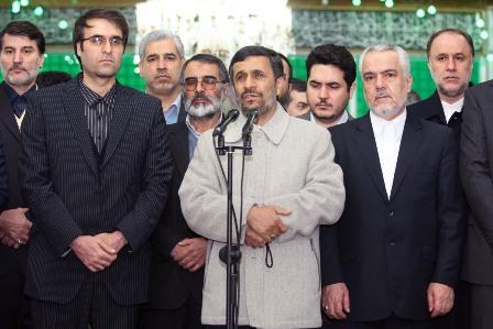 احمدی نژاد و نوه امام+ تصاویر
