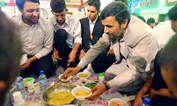 رييس جمهور در مراسم افطار با ايتام