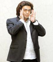فرزاد حسنی؛ مرد فراموش شده!