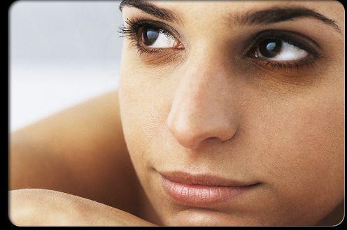 هشت روش طلایی برای کاهش تیر گی زیر چشم