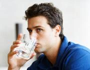 آب بهترین درمان برای چروک های پوستی