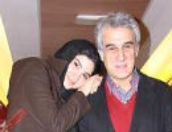 تصاویری متفاوت از مهدی هاشمی و همسر و دخترش