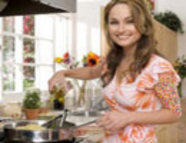 زیباترین زن ایتالیا یک آشپز معروف است