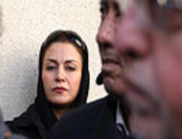 چهرههای آشنا در مراسم تشییع بازیگر سینما / عکس