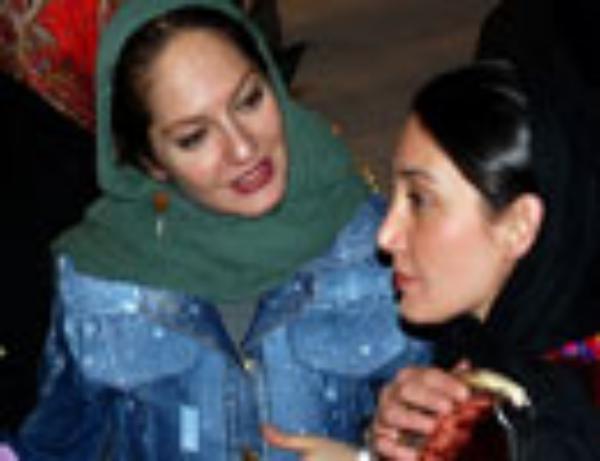 افتتاحيه یک نمایش با حضور بازیگران مشهور سینمای ایران