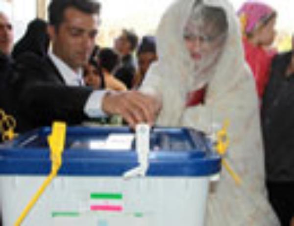 عكس/ حضور تيپ هاي مختلف در انتخابات !