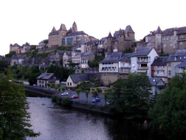 روستایی زیبا که به بهشت معروف است... (عکس)