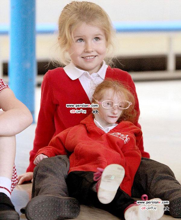 کوچکترین دختر جهان به مدرسه رفت +عکس