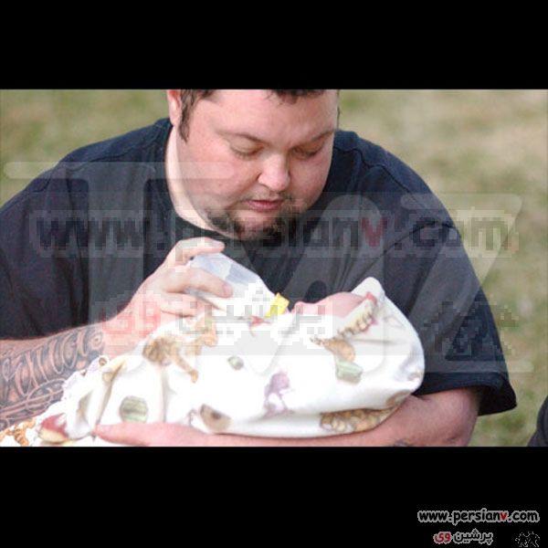 تصاویری از دومین مرد باردار+ عکس همسر و فرزندش