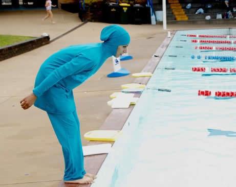 عکس: لباس شنا مخصوص زنان مسلمان