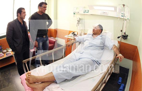 عکسهای دیده نشده از عیادت علی دایی در بیمارستان ، اسفند 90