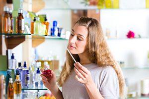 راهنمای خرید عطر ونحوه تست کردن عطر