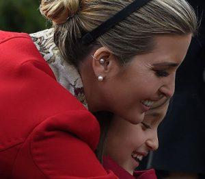 دختران ترامپ با تیپ مشابه در مراسم پیش از جشن شکرگزاری