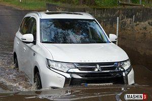 بررسی خودروی میتسوبیشی اوتلندر PHEV