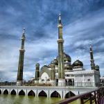 آشنایی با جذابیت های مسجد کریستالی در مالزی