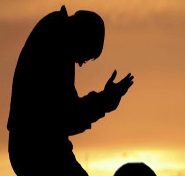 نماز حاجت روی پشت بام