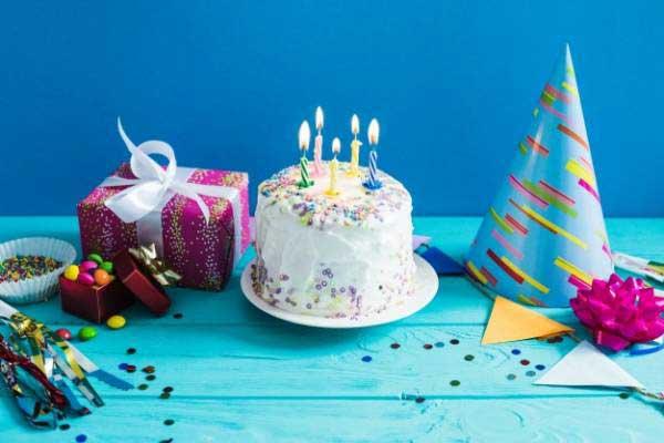 آیا گرفتن جشن تولد حرام است؟