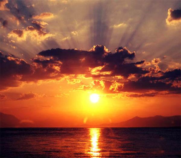 دعای هنگام طلوع و غروب آفتاب