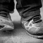 عواملی که باعث فقر و بدهکاری و گرفتاری می شوند؟