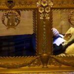 با برنادت مقدس کسی که جسدش بعد از یک قرن هنوز سالم است بیشتر آشنا شوید