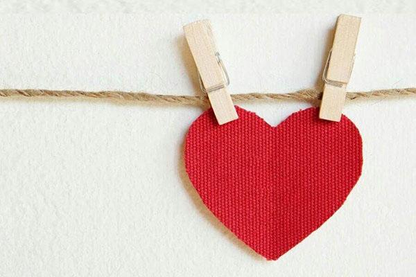 ابراز محبت به یکدیگر ؛ خداوند مهربان بارها در قرآن کریم محبت خویش را ابراز کرده