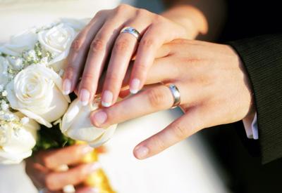 ازدواج با شخصی که نماز نمیخواند