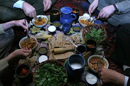 آداب مهمان نوازی در اسلام / حریم مهمان تا چند روز است ؟