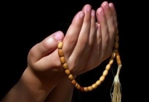 عوامل حضور قلب در نماز