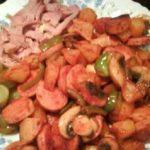 طرز تهیه خوراک سوسیس با قارچ
